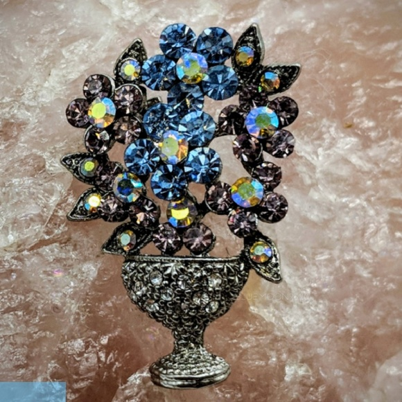 Jewelry Vintage Bouquet Of Flowers And Vase Pin Brooch Poshmark